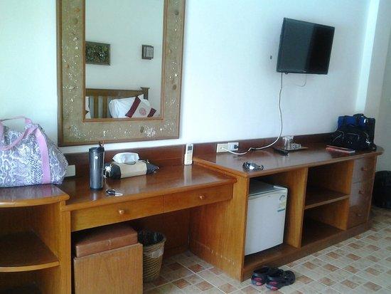 Rajapruek Samui Resort: ห้องพักเรียบง่าย กว้างขวาง
