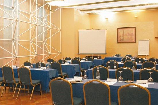 NH Zaragoza Centro: Meeting Room