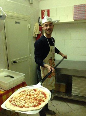 Il buon boccone: Preparazione pizza!