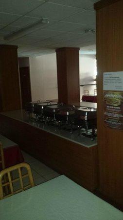 Euroclub Hotel: dining bain marie