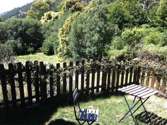 Centro de Turismo Rural  Abejaruco: Jardín habitación Nº5