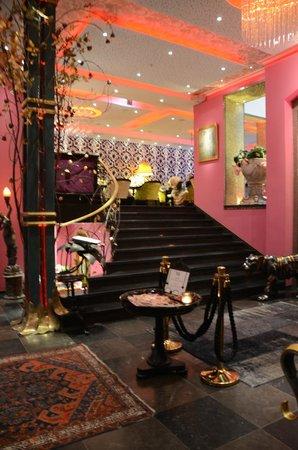 Dorsia Hotel & Restaurant: Lobby