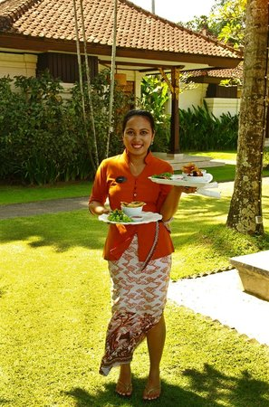 Rama Candidasa Resort & Spa: Restaurant staff member, Tira.