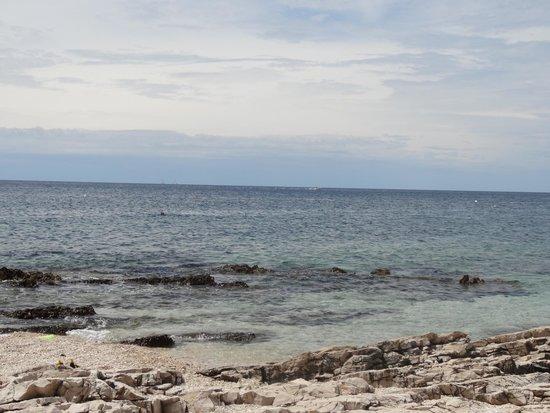 Amarin Studio and Apartments: beach at amarin