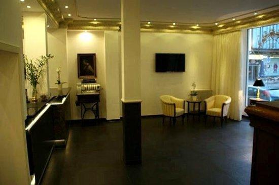 """AKZENT Stadthotel """"Am Goldenen Strauss"""": Lobby"""