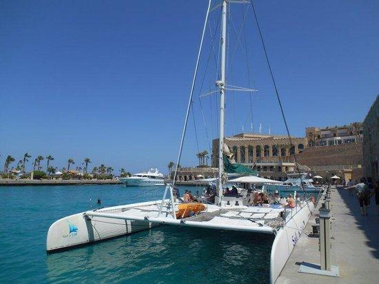 Citadel Azur Resort: Boat