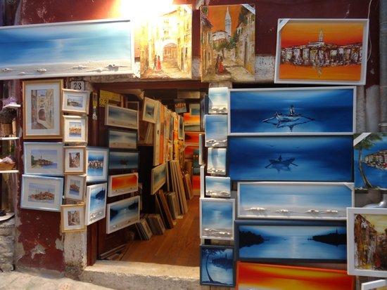 Amarin Studio and Apartments: rovinj art