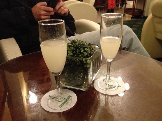 Hotel Torremayor Lyon : Pisco sour de boas-vindas