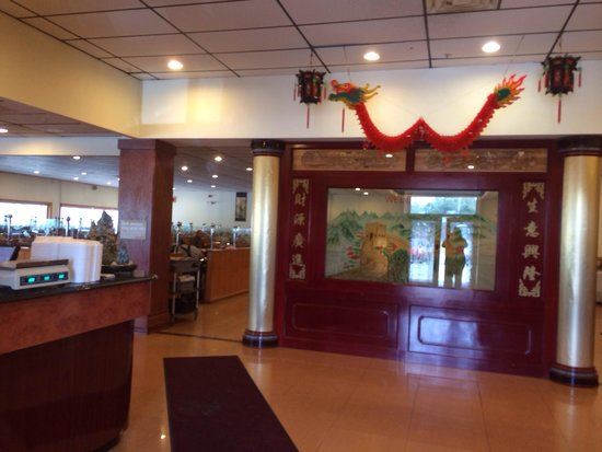 Great Wall Buffet: Surprisingly attractive inside
