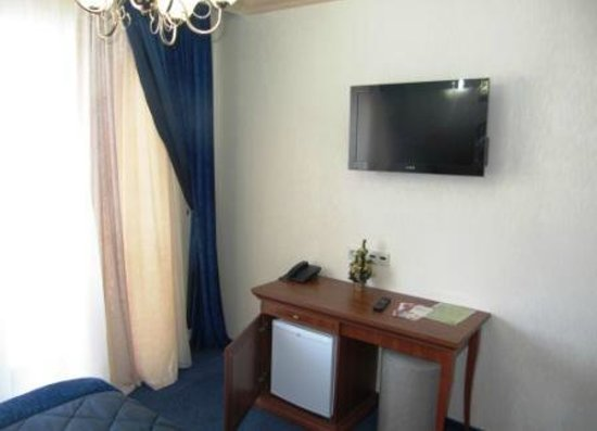 Hotel Tavel: Стандарт