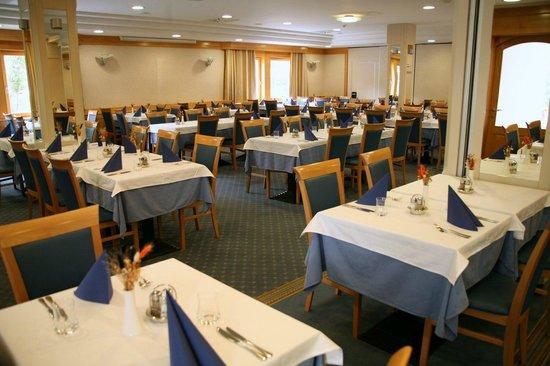 Jezero Hotel: Restaurant Vrtovin