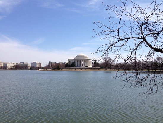 Jefferson Memorial: Jefferson Monument - march 2014