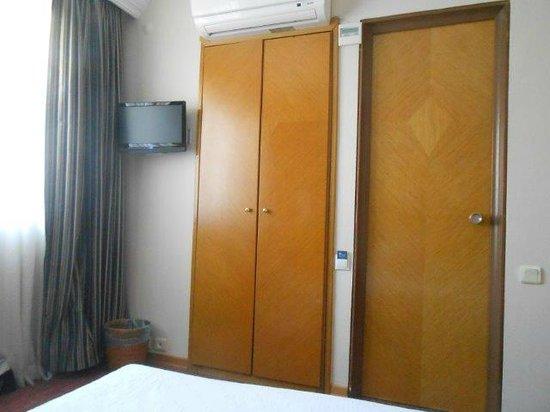 Erboy Hotel : TV