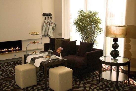 CityNorth Hotel: Afternoon Tea