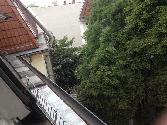 BB Hotel: Вид из номера