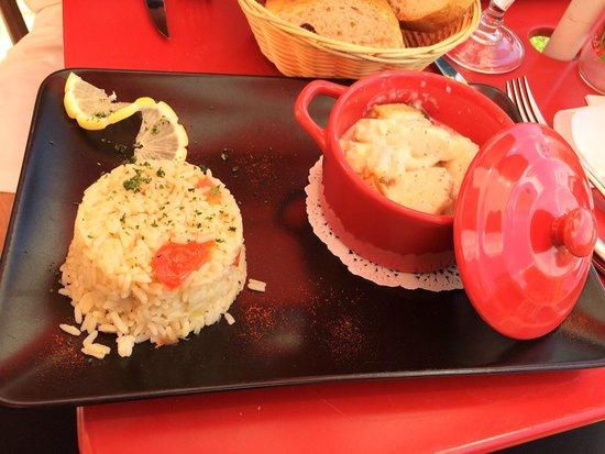 Restaurant Creperie La Musardiere: O prato de peixe do menu. Incrível!!  Em Paris, não comemos tão bem quanto aqui nesse charmoso r