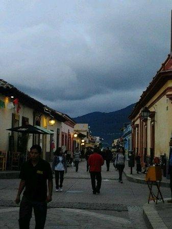 Hotel Posada Tepeyac: the street