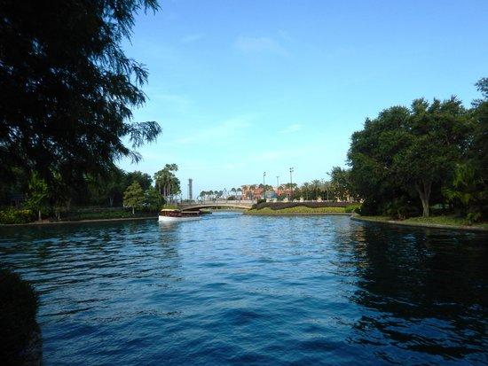 Hard Rock Hotel at Universal Orlando: Boat taxi