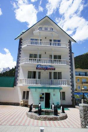 Snezhnaya Koroleva Hotel: сам отель