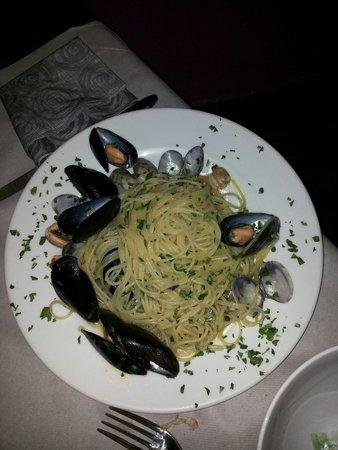 Il Marcantonio: Spaghetti ai frutti di mare