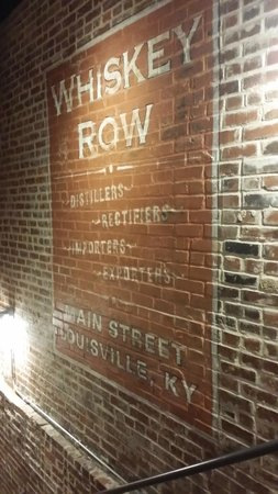 Evan Williams Bourbon Experience: In the stairway