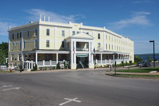 Stafford's Perry Hotel: View from the main road