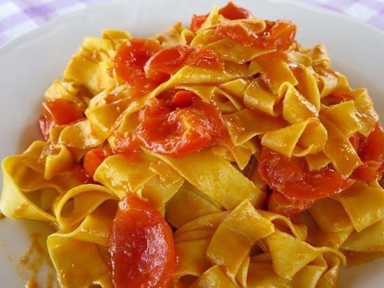 how to make homemade pasta sauce with fresh tomatoes