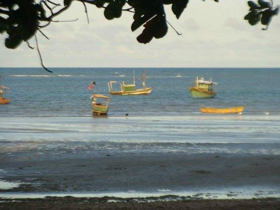 Cumuruxatiba Beach: mar azul