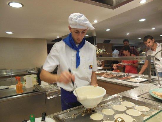 Golden Donaire Beach Hotel : Miam miam les pancakes