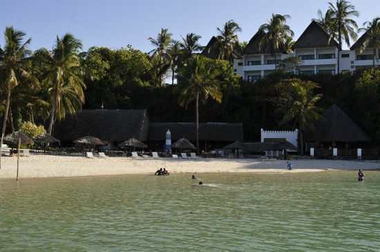 Mnarani Club & Spa: View to the Creek rooms from the beach