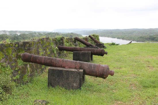 Fuerte de San Lorenzo: Cannons