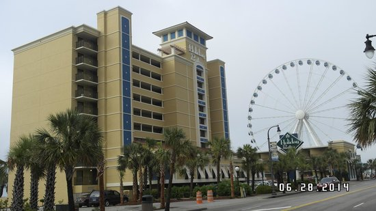 Holiday Inn at the Pavilion : Street View