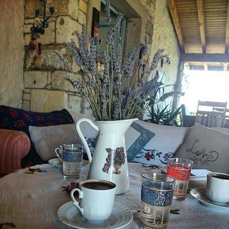 Dort Mevsim Alacati Butik Hotel: Kahve keyfi