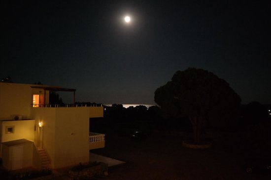 Pefkos Village Resort: View from the hotel at night