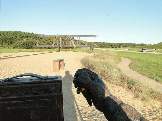 Wright Brothers National Memorial: photographer taking pictures