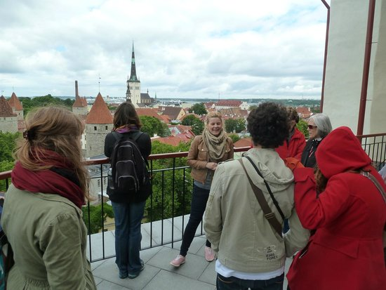 Tallinn Free Tour: guide Aurelia at an observery platform