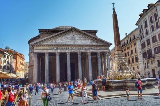 Pantheon esterno fotograf a de piazza della rotonda roma for Esterno pantheon