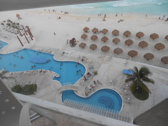 Krystal Grand Punta Cancun: Primera vista