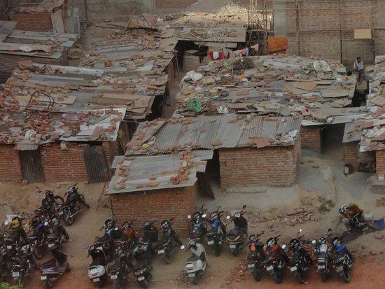 Sheraton New Delhi: Room 442 (workers)