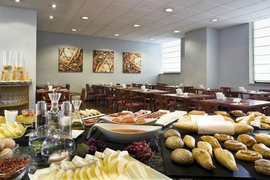 Hesperia Vigo: Breakfast Buffet