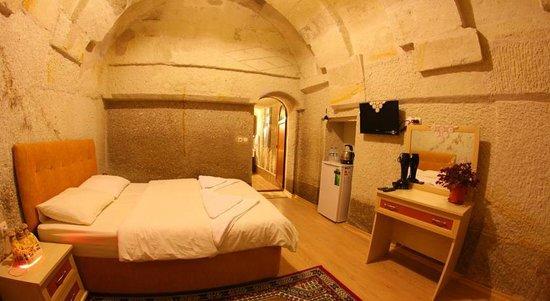 獵鷹洞穴套房酒店照片