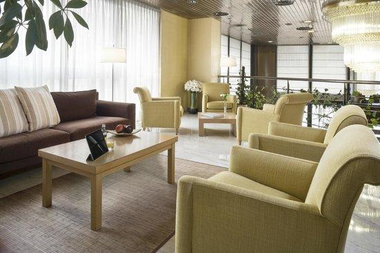 Hesperia Vigo: Lobby