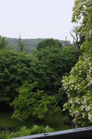 Les Jardins d'Épicure : La vue depuis une fenêtre