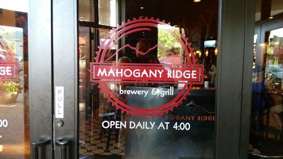 Mahogany Ridge Brewery and Grill: Mahogany Ridge