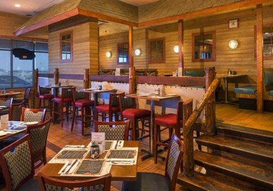 Ashworth by the Sea: Breakers Restaurant