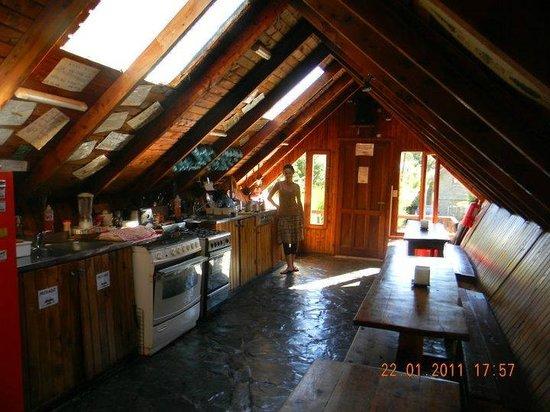 Alaska Hostel: Cocina y comedor del Hostel