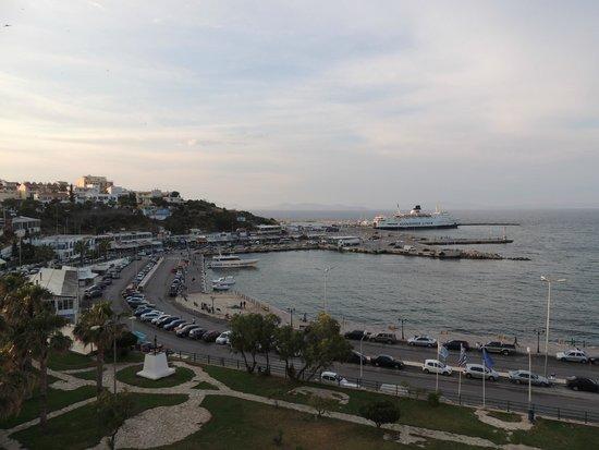 Hotel Avra Rafina: View of port from balcony