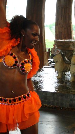 Centara Grand Mirage Beach Resort Pattaya: Вечернее шоу