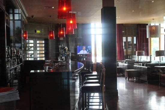 The Brehon : Beautiful bar area