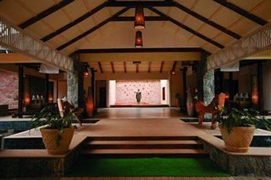 The Windflower Resort and Spa, Coorg: The reception and the main building for your Food, Bar, Tea, Pool etc.